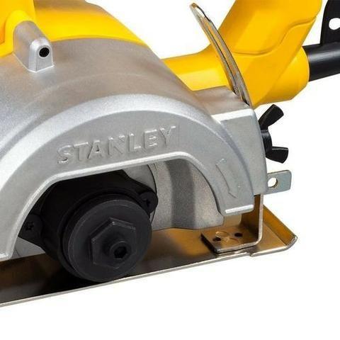 Black Friday de R$ 289,90 por R$ 230,00 - Serra Marmore 115mm 1200W 220V Stanley - Foto 2