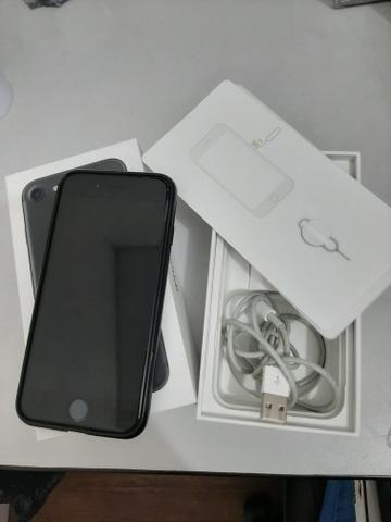 Vendo IPhone 7 32gb preto