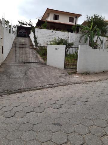 Casa Alto Aririu/Palhoça vende-se ou troca-se por sítio