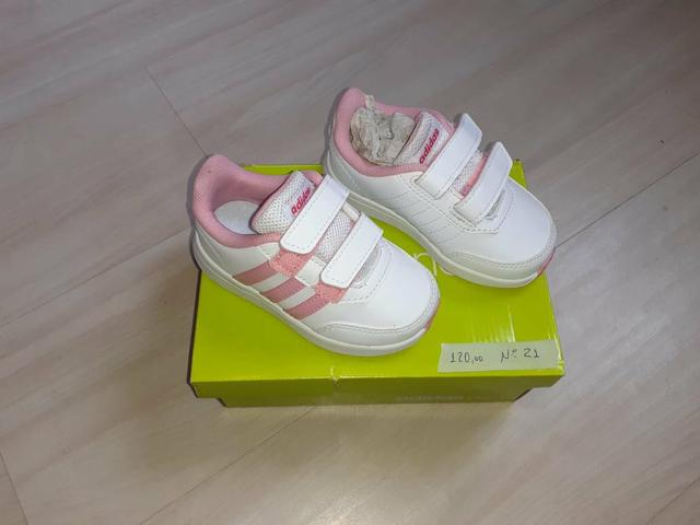 Tênis infantis Adidas Originais NOVOS - Foto 3