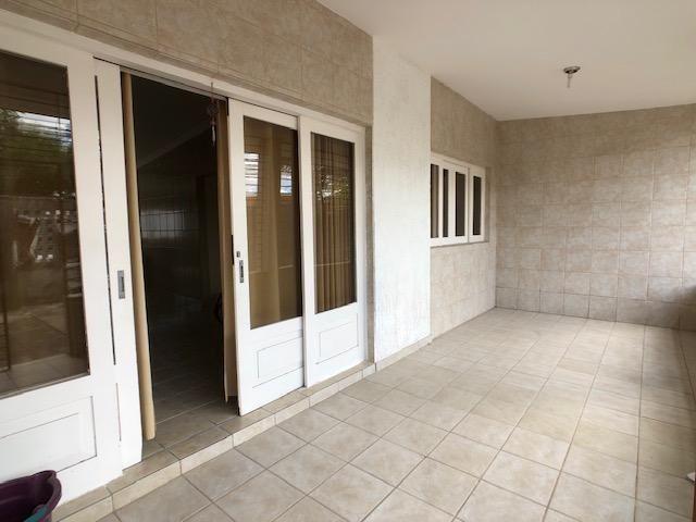 Casa no Cordeiro, 3 quartos, 2 suítes, 3 salas e 4 vagas - Foto 4