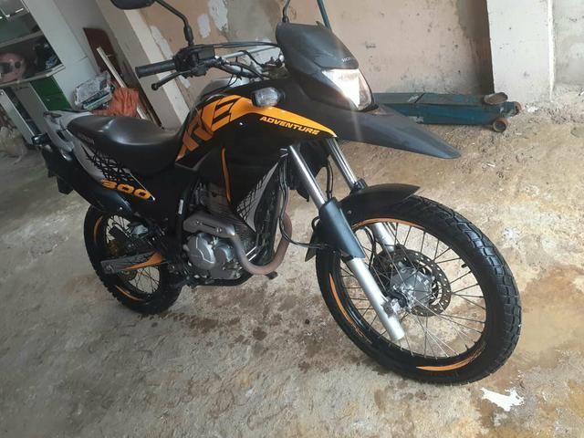 Moto XRE 300 Adventure