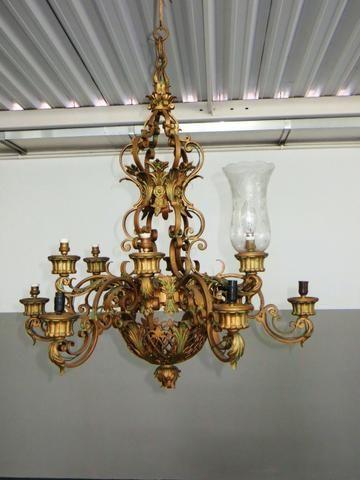 Lustre em bronze grande