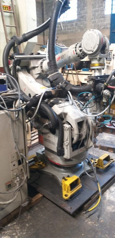 Robô de Solda Motoman UP130 2004 - #7327