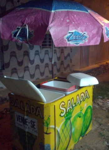 Vendo carrinho de salada - Foto 6