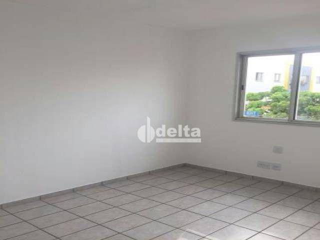 Apartamento com 3 dormitórios à venda, 69 m² por R$ 169.000,00 - Lagoinha - Uberlândia/MG - Foto 8