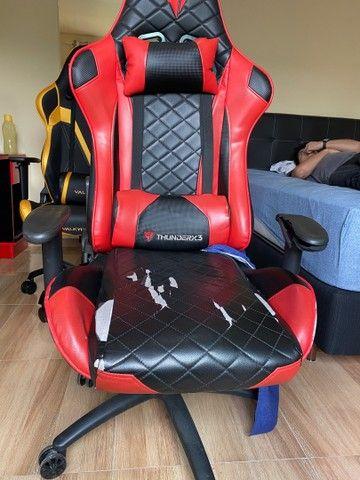 Cadeira Gamer ThunderRx3 - marcas de uso