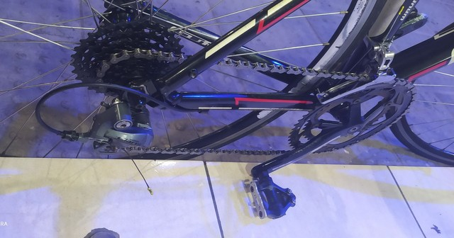 Bicicleta speed GT - Foto 4
