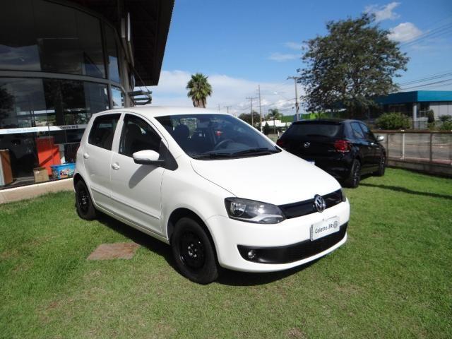 Volkswagen FOX 1.0 MI BLUEMOTION 8V FLEX 4P MANUAL - Foto 2
