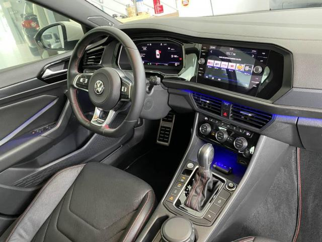 Volkswagen Jetta GLI 230CV  2019 - Foto 13