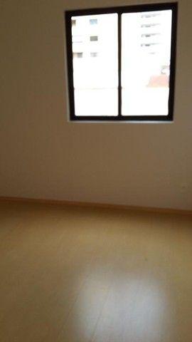 Apartamento com 4 dormitórios para alugar, 105 m² - Centro - Londrina/PR - Foto 8