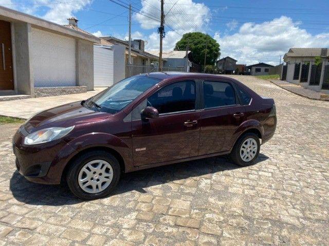 Fiesta 1.6 sedan impecável baixa km - Foto 8