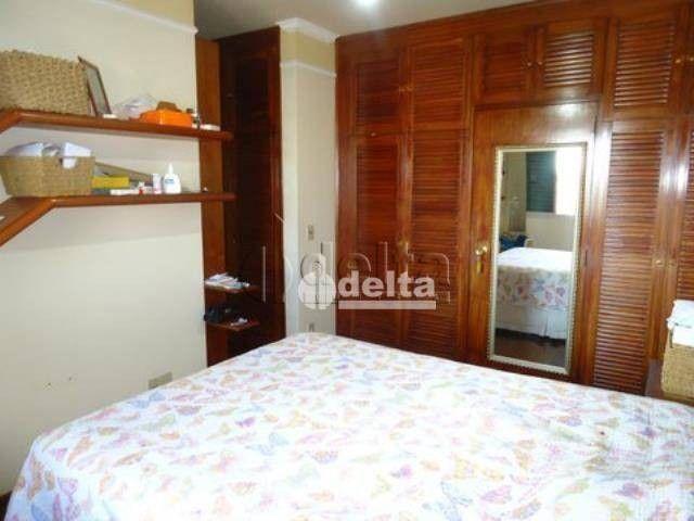 Apartamento com 4 dormitórios à venda, 167 m² por R$ 800.000,00 - Osvaldo Rezende - Uberlâ - Foto 9