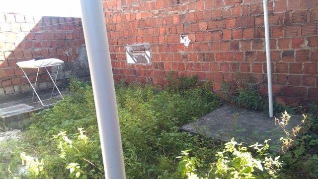 Vende-se uma Casa em Candeias - Foto 4