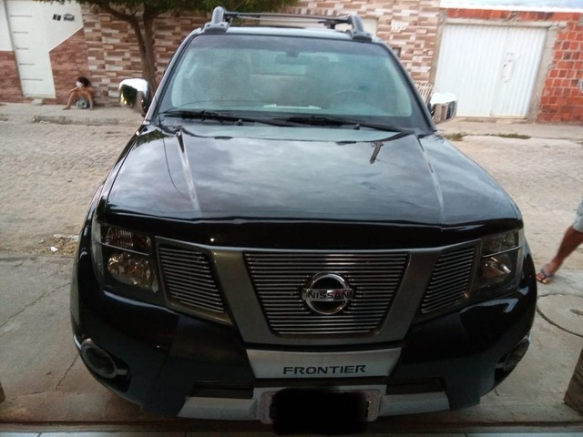 Nissan Frontier SV ATTACK CD 4x2  - Foto 4