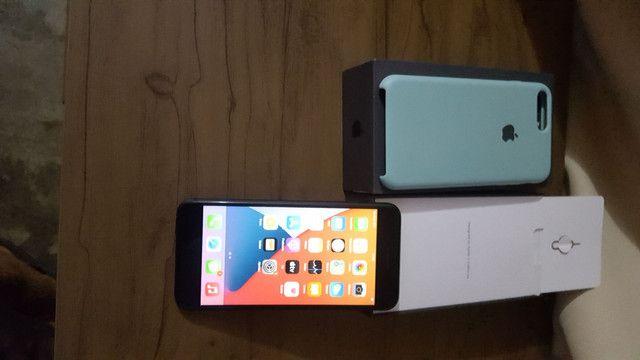 Iphone 8 plus semi novo - Foto 2