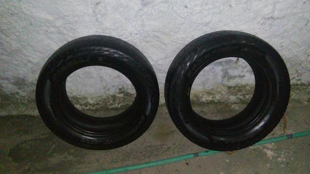 Vendo 2 pneus 205/60 aro 15