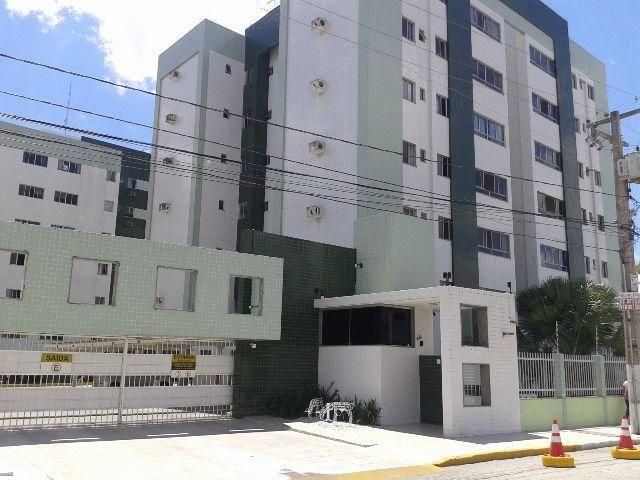 Apartamento para alugar no Newton Rique com 03 quartos