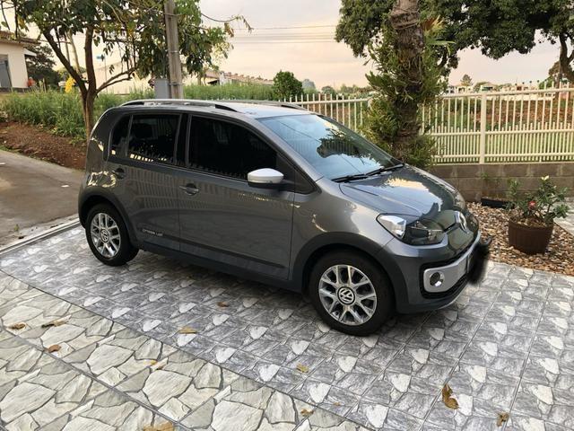VW Cross UP Tsi 2017