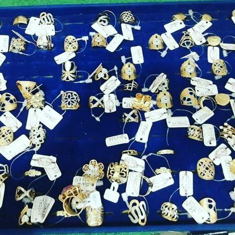 Anel, cordão, pulseira, gargantilha, arco e acessórios - Foto 2