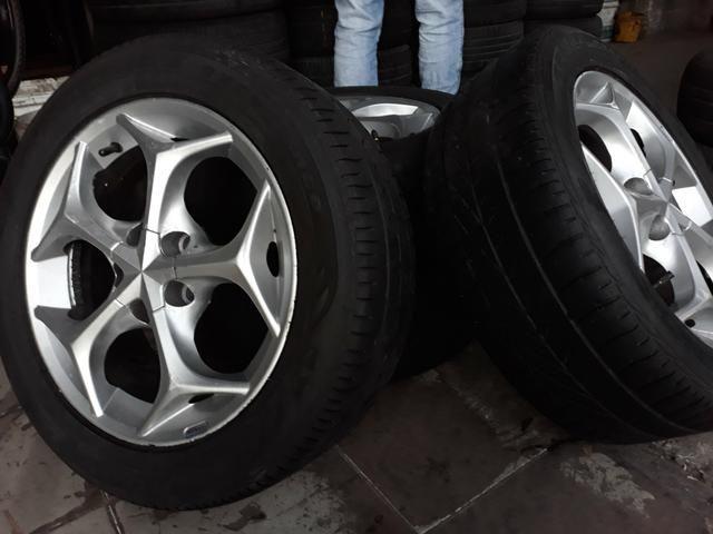 Jogo de rodas com jogo de pneus ARO 15 - Foto 3