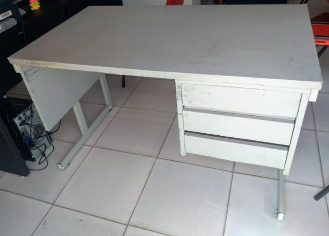 Vendo mesa de escritório - Foto 2