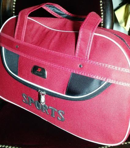 Bolsa Sport Vermelha - Importada dos EUA - Nova - Foto 3