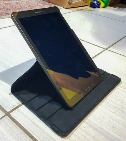 "Tablet Galaxy Tab E T560 9.6"" c/ 2 Case - Foto 4"
