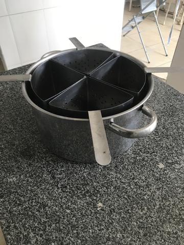 Panela inox para cozimento de macarrão