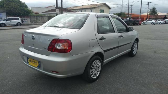 Fiat Siena 2007 completo impecável - Foto 8