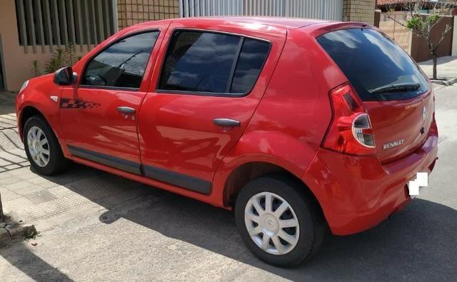 Renault/Sandero Exp1.0 16v 4P, Ano: 2011, Flex: Gas/Alc, cor: Vermelha - Foto 6
