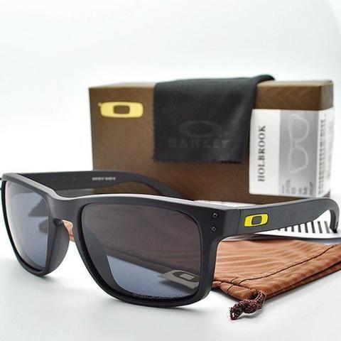 4f2209381236c Oferta Inacreditável de R 140,00 por R 99,90 - Óculos de Sol ...