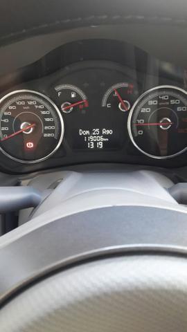 Vendo veículo Pálio 1.4 completo com placa Mercosul