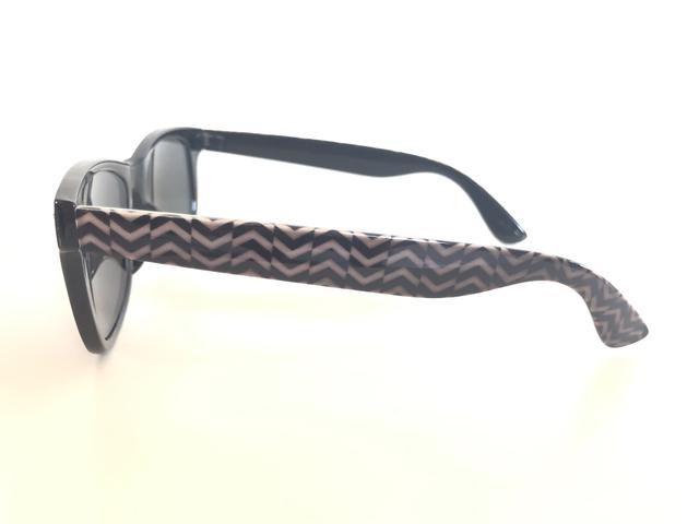 Óculos De Sol Preto. Unissex. Armação Em Acetato com Detalhe Étnico - Foto 5