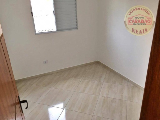 Casa 2 dormitórios no Bairro Canto do Forte em Praia Grande SP - Foto 16