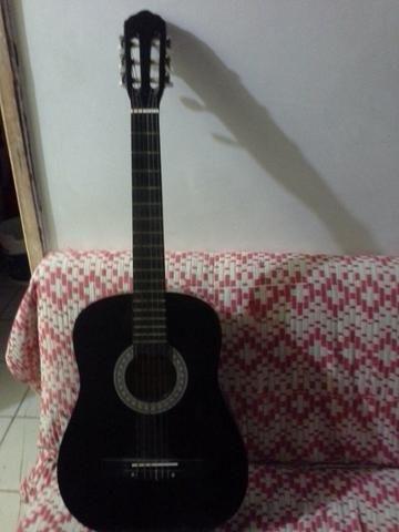 Vendo violão por 150