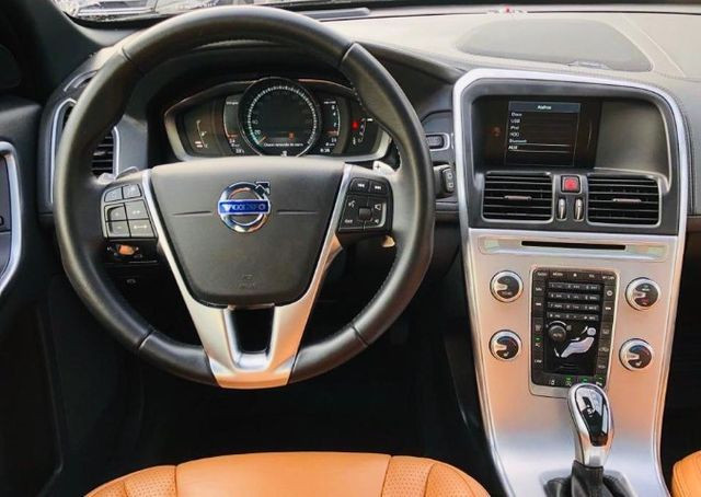 Volvo XC60 T5 Inscription 2017 - Só 34 mil km - Versão TOP c/ Teto - Foto 15