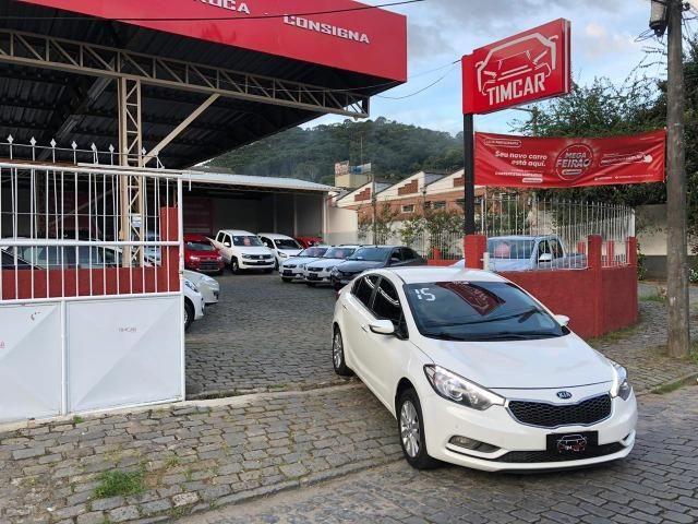 Kia Motors Cerato 1.6 Completo + GNV 5Geração 2015