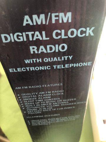 Rádio e telefone relíquia - Foto 4