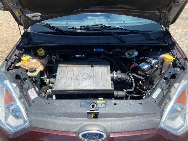 Fiesta 1.6 sedan impecável baixa km - Foto 7