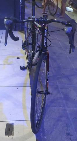 Bicicleta speed GT - Foto 2