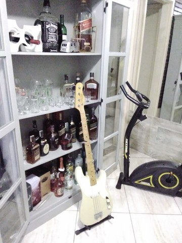 Baixo Fender Precision Bass - Foto 2