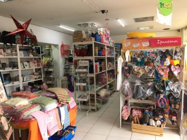 Vendo loja completa (para retirar do local)