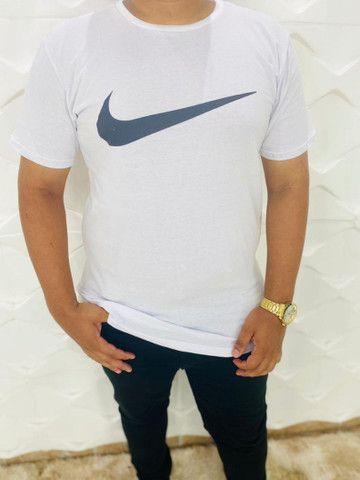 Camisa Adidas e Nike