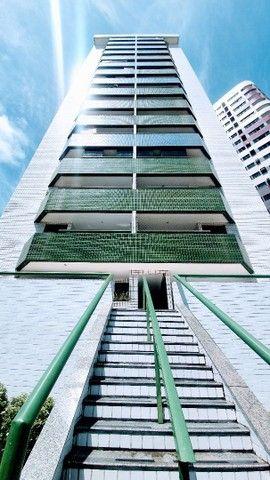 A*/Z- Apartamento com 3 Quartos em Boa viagem em andar alto - Foto 14