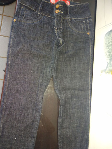 Calças n 36 e 38.. bazar - Foto 2