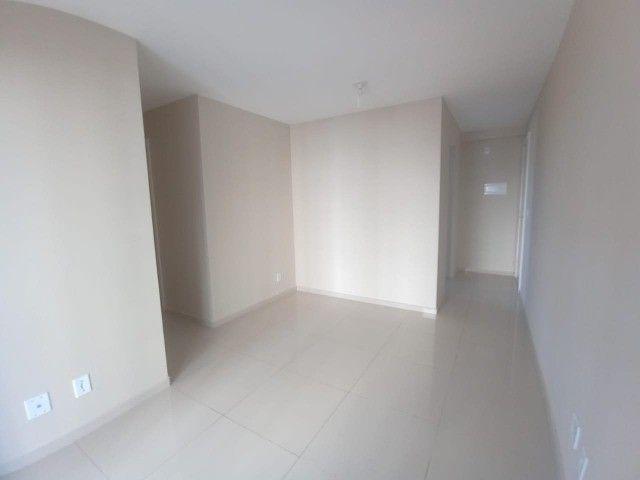 Alugo Apartamento 3 dormitórios, infraestrutura de clube, elevador - Foto 2