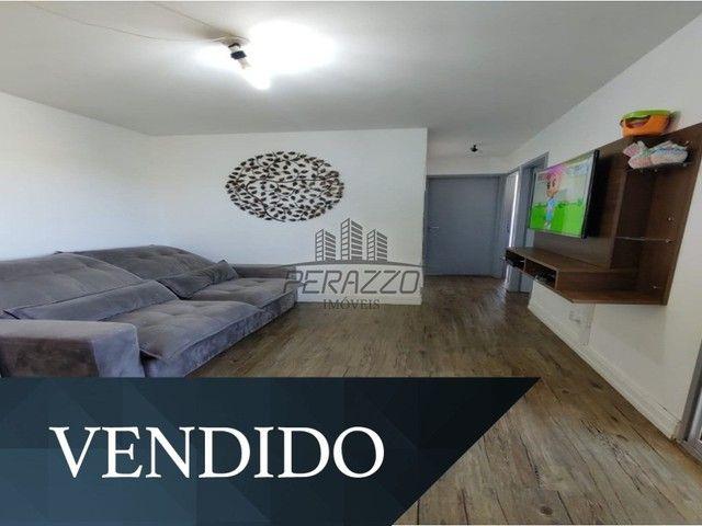 Vende-se ótimo apartamento de 02 quartos na QC 15 por R$255.000,00.