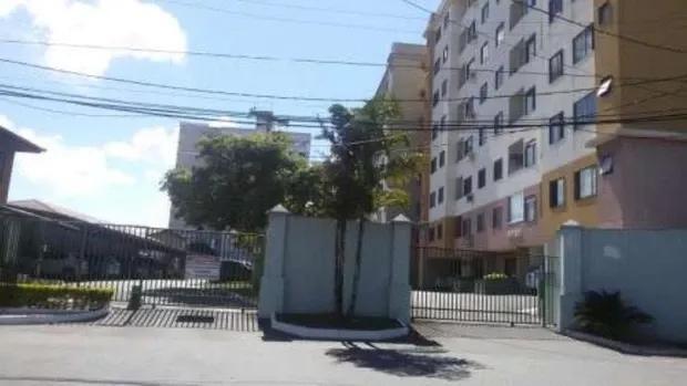 Apartamento em Morada de Laranjeiras com 3 quartos
