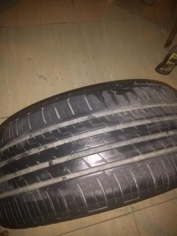 4 pneus 205/40/r17 mais de meia vida - Foto 6